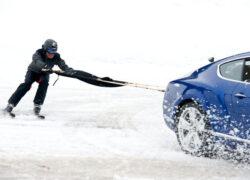 (LV) Auto Skijorings